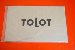 「TOLOT」の「毎月カレンダー」のパッケージ