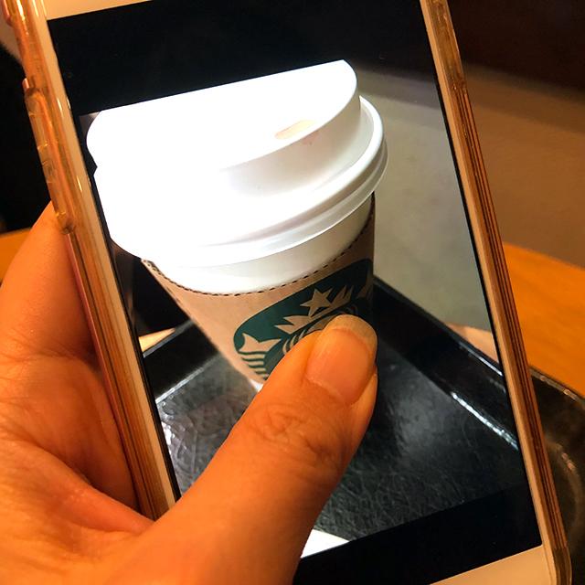 ライブフォト撮影の写真を長押しすると動画再生できる