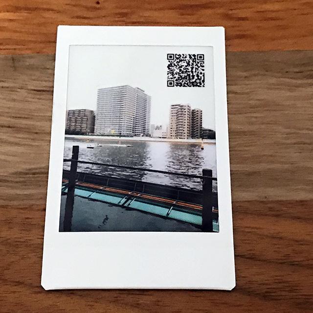 チェキカメラinstax mini LiPlay(インスタックス ミニ リプレイ)の音付きプリント